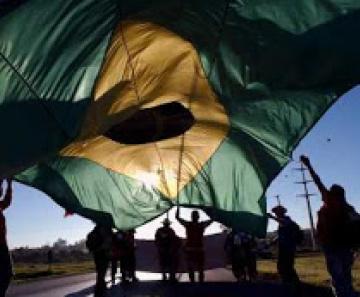 O Brasil é mesmo independente?
